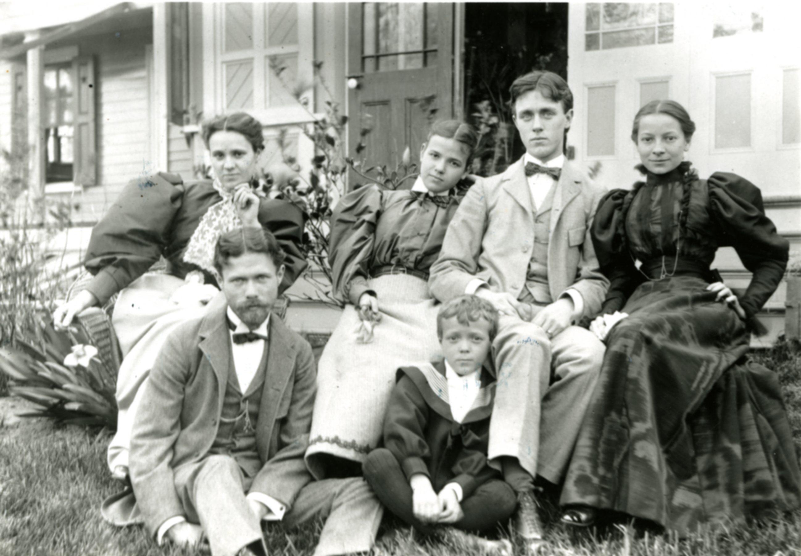 Tompkins_Family_1891001