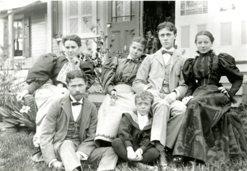 Tompkins_Family_1891001